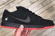 Dunk Low Black Pigeon