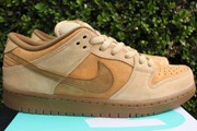 Women Dunk Low Wheat